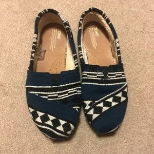 TOMS Classic Knit Slip On | 11